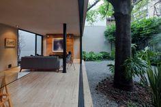 remash:  hill studio house ~ cca centro de colaboracion...