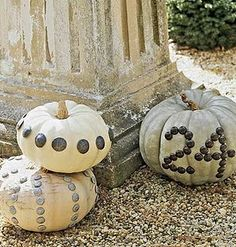 White pumpkins...ahhh so many ways to dress them up.