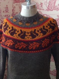 Join Amy Detjen from Vogue Knitting and learn dozens of useful knitting tips as you create a custom-fit sweater with stranded colorwork. Fair Isle Knitting, Loom Knitting, Baby Knitting, Vogue Knitting, Sweater Knitting Patterns, Knit Patterns, Knitting Sweaters, Motif Fair Isle, Crochet Vintage