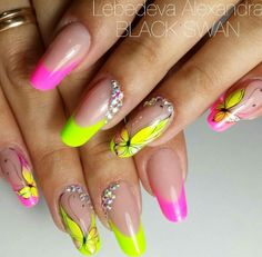 💅 Butterflies 🦋 Varnish and manicure design inspirations 50 🦋 … – neon nail art Neon Nail Art, Neon Nails, Round Nails, Oval Nails, Cute Nails, Pretty Nails, Nails Now, Luxury Nails, French Tip Nails