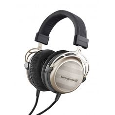 Beyer Dynamic T1 headphones reviewed on Hifipig.com