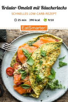 Quick, low-carb recipe: herb omelet with smoked salmon-Schnelles Low-Carb-Rezept: Kräuter-Omelett mit Räucherlachs Fast low-carb recipe: herbal omelet with … - Law Carb, Fast Low Carb, Low Carb Recipes, Healthy Recipes, Healthy Foods, Vegetarian Recipes, Smoked Salmon, Salmon Recipes, Clean Eating