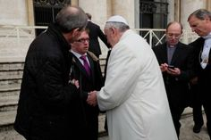 First-ever intern at Vatican Radio is an author, actor and media student… with Down syndrome