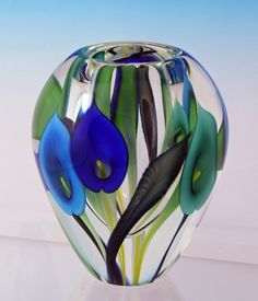 "Multi coloured ""Blue Calla Lily"" art glass vase by Scott Bayless, USA Art Of Glass, Glass Artwork, Glass Paperweights, Glass Vase, Fused Glass, Glass Beads, Glass Ceramic, Glass Collection, Antique Glass"