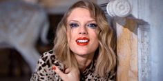 15 struggles only girls that SUCK at makeup can relate to