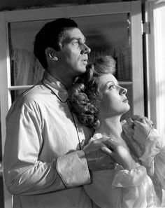"Greer Garson, Walter Pidgeon in ""Mrs. Miniver"" (1942). Director: William Wyler."
