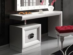 Coiffeuse laquée. Mod. STAR Vanity, Stars, Furniture, Bedroom Ideas, Home Decor, Dressing Tables, Vanities, Solid Wood, Drawer