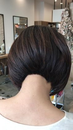 Bob Haircut For Fine Hair, Short Hairstyles For Thick Hair, Hairstyles With Bangs, Short Hair Cuts, Short Hair Styles, Asian Short Hair, Medium Short Hair, Hair Cutting Videos, Shaved Hair Cuts