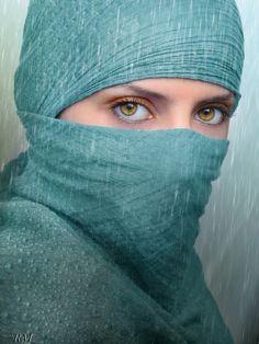 Ojos / Eyes - The second when everything stops ... / Ese segundo en que todo se detiene ...