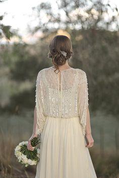 Dress Designer: Vintage from Rue De Seine - Vintage inspired wedding by Greta Kenyon - via magnoliarouge