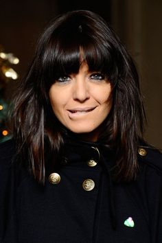 Cover-up cool and a definite edge - it's hair that gives you more bang for your buck. By long-time fringe advocate, Claudia Winkleman. Fringe Hairstyles, Hairstyles With Bangs, Claudia Winkleman Hair, Brunette Fringe, Hair Transplant, Hair 2018, Super Hair, Grunge Hair, Hair Highlights