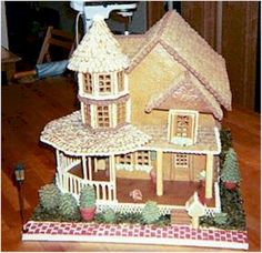 Joan Grunzweig does a fantastic job building and decorating the Patterson Gingerbread House. Pattern available at www.ultimategingerbread.com