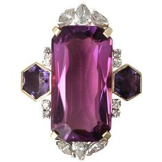 Preowned 1970s 21.82 Carat Amethyst 1.59 Carats Diamonds Gold Dress... (€5.295) ❤ liked on Polyvore featuring jewelry, rings, purple, purple amethyst ring, vintage amethyst ring, 18 karat gold ring, gold diamond rings and vintage gold rings