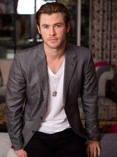 photo 3 in Hemsworth gallery Imagines Tumblr, Loki Imagines, Chris Hemsworth Thor, Australian Actors, Home And Away, Hyde, Beautiful People, Handsome, Celebrities