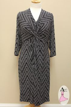 Donna Ricco black print dress for your cold office! Donna Ricco black and white print dress 3/4 sleeves, pulls on over head Knotted just below bustline for a slimming effect Gorgeous for work or special events http://stores.myresaleweb.com/annies-attic/item/donna-ricco?id=34007