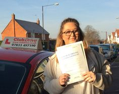 Huge congratulations to Eleanor, who has passed her driving test, first time, in Slough, with only five driver faults! Definitely worth getting up early in -5' temperatures! Great result :) www.clubdrive.co.uk #drivingtestpass
