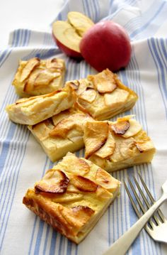 Getting Hungry, Biscotti, Finger Foods, French Toast, Food Photography, Food And Drink, Healthy Recipes, Fruit, Cooking