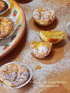 Folhados de Crème Brûlée Creme Brulee, Sweet Corner, Muffins, Camembert Cheese, Dairy, Portugal, Wafer Cookies, Cakes, Resep Pastry