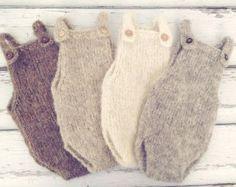 Newborn baby girl hand knitted Ruffled bloomers от MyLittleKnits