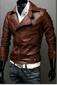 Breathtaking 35 Fashionable Spring Men Outfits With A Leather Jacket from https://www.fashionetter.com/2017/04/12/fashionable-spring-men-outfits-leather-jacket/