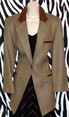 Vintage Blazer By Ellen Tracy Size M Vintage Designer Clothing, English Style, Ellen Tracy, Classic Beauty, Olive Green, Tweed, Taupe, Vintage Outfits, Blazer