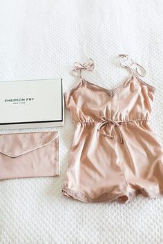 Lingerie made from silk appears exotic. Buying lingerie is also a fantastic method to add some flavor to a relationship. Babydoll style lingerie comes in a vast selection of shades and styles. Belle Lingerie, Sexy Lingerie, Blush Lingerie, Bridal Lingerie, Beautiful Lingerie, Lingerie Sleepwear, Nightwear, Lingerie Silk, Silk Sleepwear