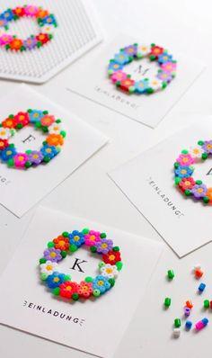 Einladungskarten oder Grußkarten mit Bügelperlen