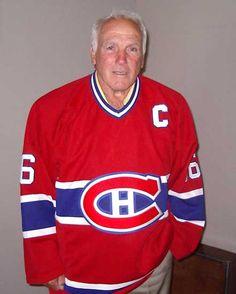Henri Richard, Retired Aged 76 Boston Bruins Hockey, Blackhawks Hockey, Chicago Blackhawks, Montreal Canadiens, Hockey Pictures, Hockey Memes, Hockey Season, Of Montreal, Souvenir