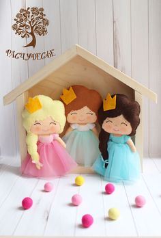 Best Ideas For Sewing Patterns Storage Girl Dolls Sewing Room Design, Sewing Art, Sewing Pattern Storage, Sewing Patterns, Doll Patterns, Ikea Craft Storage, Fabric Toys, Christmas Ornaments To Make, Sewing Machine Accessories
