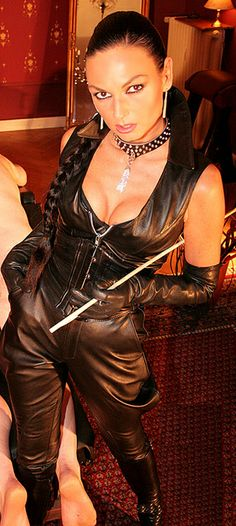 Madame Catarina Madame Catarina is a lifestyle professional mistress resident in Berlin. I have the honour of being her slave and property ...please see my blog for more information about Madame Catarina and my life as her slave slavepj.wordpress...