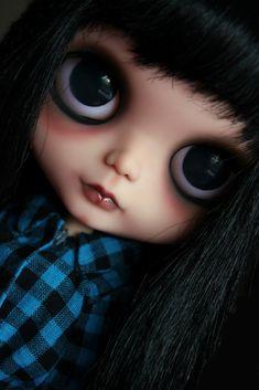 Blythe dolls Pretty Dolls, Cute Dolls, Beautiful Dolls, Large Eyes, Big Eyes, Japanese Toys, Valley Of The Dolls, Doll Face, Blythe Dolls