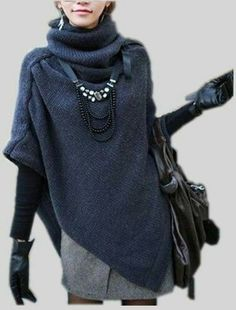Love this sweater-poncho thing! Whatever it is it looks warm. Look Fashion, Womens Fashion, Fashion Trends, Fashion Boots, Fashion Design, Vetements Clothing, Casual Mode, Casual Chic, Neue Outfits