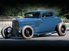 1932 Ford Coupe - Two-Lane Three-Window