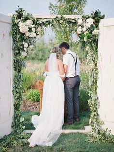 Photography: Laura Nelson   lauranelsonphotography.com/ Groom's Attire: ASOS   us.asos.com/?hrd=1 Venue: Hillcrest Orchard   www.roxyann.com/ Wedding Dress: Sarah Seven   sarahseven.com/   View more: http://stylemepretty.com/vault/gallery/38577