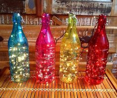Be the Reason for Happiness! Glass Bottle Crafts, Bottle Art, Glass Bottles, Wine Bottles, All Things Christmas, Christmas Diy, Jar Lanterns, Pallets Garden, Recycle Plastic Bottles