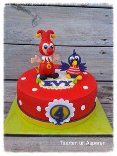 Een jokie en jet taart. Cake Smash, Beautiful Cakes, 3rd Birthday, Party Time, Holland, Cake Decorating, Birthdays, Cupcakes, Cookies