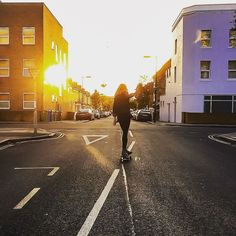 Instagram #skateboarding photo by @esalondon - Skating lines chasing the sun. This weekend was ! #skateboarding #sunset #goodtimeswithgoodpeople. Support your local skate shop: SkateboardCity.co