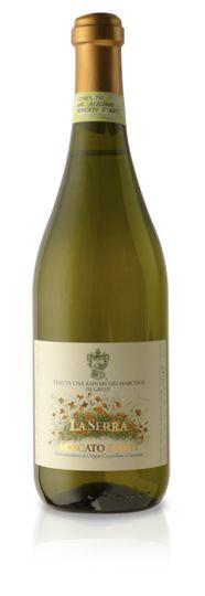 Quintessential wines vino dei fratelli moscato d asti producer vino dei fratelli country for Castello del poggio moscato olive garden