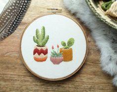 HECHO por encargo - Cactus aro arte, Cactus arte, arte del aro del bordado, arte de pared de Cactus, Cactus bordado, bordado, bordado de la planta, arte del aro