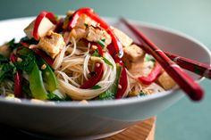 Stir-Fried Noodles With Tofu and Peppers Recipe - NYT Cooking