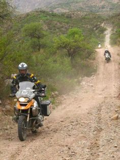 Adventure riding on the #BMW GS fitted with Continental TKC 80s, on the dusty mountain trail!