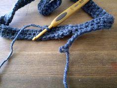 【百均毛糸で!】超簡単!被るだけで猫耳♡帽子を編んでみよう!|LIMIA (リミア) Crochet Necklace, Jewelry, Fashion, Moda, Jewlery, Crochet Collar, Bijoux, Fashion Styles, Schmuck