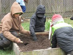 Our 2014-15 3rd grade students started work in Tamarack's garden! We're all looking forward to summer.