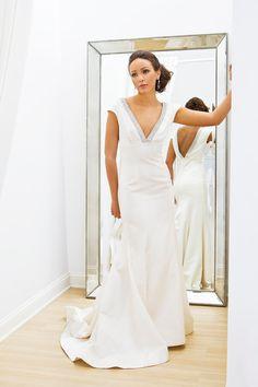 Vintage modern wedding dress. Fit n flare. $3500