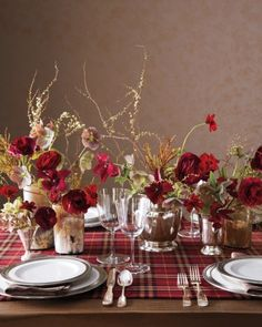 This cozy plaid tablescape is just right for a fall or winter wedding