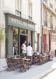 bastille paris cafe