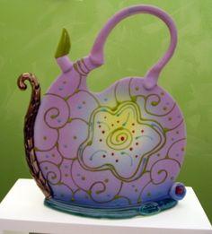 polimer kil ya da fimo ile süsleme yapmak isteyenlere bu harika çaydanlıkları göstermek isteriz. sonra da 10marifet.org'daki fimo bölümümüze bekleriz.