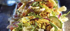 Feta-avokado-pastasalaattia ja broileria
