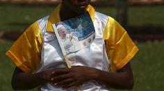 Pape François - Pope Francis - Papa Francesco - Papa Francisco- novembre 2015 : voyage en Afrique, Kenya-Ouganda-Centrafrique-Il Papa in Centrafrica tra caschi blu e povertà