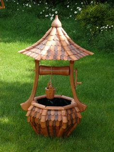 Wishing well, Garden Artisans Backyard Projects, Diy Wood Projects, Outdoor Projects, Outdoor Decor, Wishing Well Garden, Landscape Timber Crafts, Garden Art, Garden Design, Windmill Decor